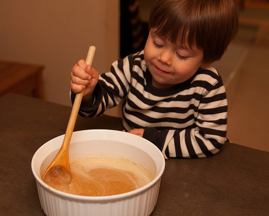 Cooking with Kiddos: Peanut Butter Fudge- MontereyMommies.com